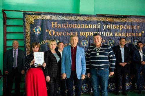 Одесская Юракадемия» подписала меморандум о сотрудничестве с Федерацией бадминтона Украины