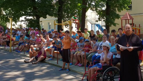 Община храма св. прав. Иоанна Кронштадтского приглашает одесситов активно заниматься благотворительностью