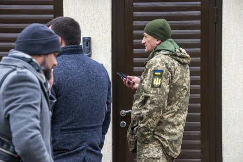 В районе Чубаевки решением суда демонтируют три незаконных частных строения