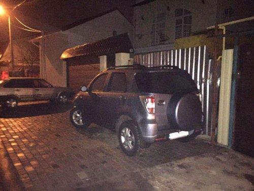 В районе Чубаевки снесли два незаконных самостроя (фото)